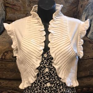 Bebe cream  pleated crop shrug sweater NWT S